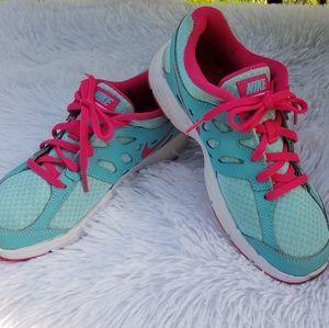 Nike sneakers sz 3Y